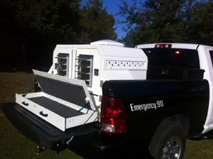 Picture of animal control truck transport box
